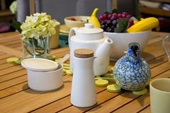 bird ceramic teapot creamer iittala toika teema