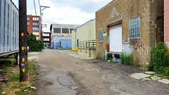 Strip District alley (real00) Tags: road city urban landscape alley pittsburgh pennsylvania streetscene stripdistrict urbanlandscape rustbelt westernpennsylvania 2000s 2016 alleghenycounty 2010s pittsburghregion willreal williamreal