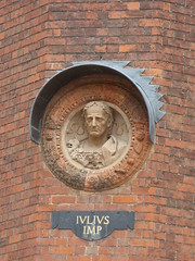 The Clock Court  - Hampton Court Palace - Medallion bust - Julius Imp (ell brown) Tags: london greaterlondon england unitedkingdom greatbritain hamptoncourtpalace richmonduponthames royalpalace historicroyalpalaces surrey riverthames cardinalthomaswolsey kinghenryviii kingwilliamiii tudor baroque gradeilisted gradeilistedbuilding wallsofbrickwithfreestonedressings tudorpalace roofscoveredwithleadtilesandslates cardinalwolsey greathall basecourt clockcourt kitchencourt tudorrange scheduledmonument theclockcourt medallion bust juliusimp iuliusimp sculpture