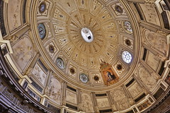 Seville Cathedral (HDH.Lucas) Tags: travel spain cathedral seville ceiling lucas espana dome andalusia
