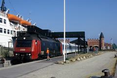 DSB ME 1512 in Gedser (DK), 1995. (appearances can be deceptive) Tags: gedser veerboot dsb warnemnde frge