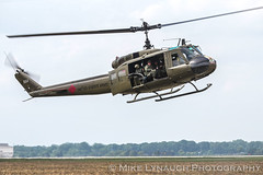 Bell UH-1 Huey - 2016 Thunder Over Michigan Air Show (mikelynaugh) Tags: thunderovermichigan airshow tom2016 2016tom tom ypsilanti michigan mi airshowphotos photos photosof mikelynaugh lynaugh aviation yankeeairmuseum willowrunairport willowrun uh1 bell huey uh1iroquois iroquois