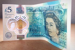New £5  banknote (deanhammersley) Tags: new£5note newfivepoundnote new £5 note pound churchill cash money notes plastic newnote newfiver fiver currency uk banknote £5banknote the queen