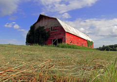 Country Barn (Just Joe ( I'm back...sort of )) Tags: blue red sky clouds rural canon countryside peaceful arkansas oldbarn hss slidersunday