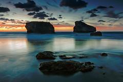 Una sonrisa (La ventana de Alvaro) Tags: marina atardecer mar playa biarritz roca rocas ilbarritz afiaie