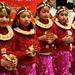 Vestidas tipicamente no aniversario da Deusa Shiva