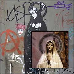 More love... Black Madonna with weapon v. Madonna in the cathedrale (sylvie bergere) Tags: barcelona graffiti stencil madonna sm weapon 172 gewehr