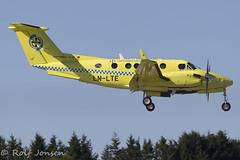 LN-LTE  Beechcraft B200 King Air Lufttransport lesund airport ENAL 14.08-16 (rjonsen) Tags: lufttransport beech beechcraft plane airplane aircraft turboprop approach arrival lesund alesund aalesund vigra airpot
