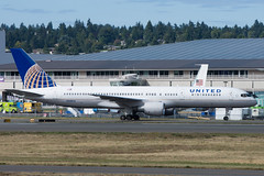 United 757 N548UA (Josh Kaiser) Tags: 757 n548ua united boeing centennial 100years bfi boeingfield kbfi seattle airliner lineup 7series
