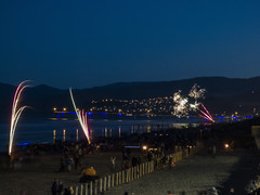Pleasing the Crowd (Steve Taylor (Photography)) Tags: people newzealand nz southisland canterbury christchurch newbrighton beach ocean pacific pier sea 5 5th 2015 crowd firework november rocket watching