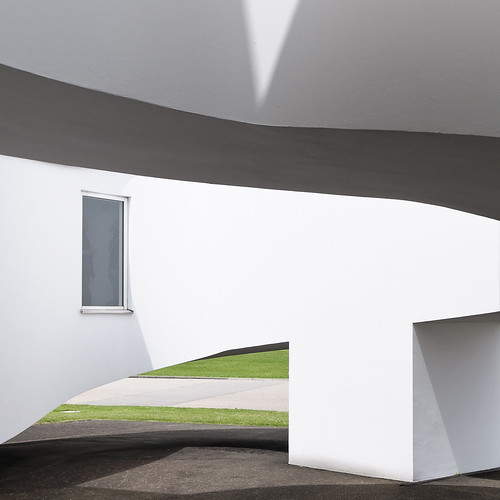 Vitra Factory Building 3 | Design Verner Panton | powered by tagwerc
