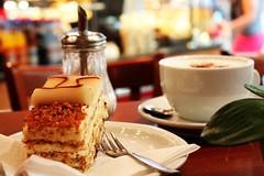Filiale Rhein-Neckar-Zentrum (meinGeschmack.de) Tags: caf cappuchino torte ambiente