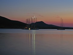Antiparos (oue) Tags: sunset sea canon island mediterranean greece cyclades antiparos  eikones elladas