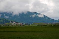 Rocca di Mezzo (vanto5) Tags: trip travel italien italy panorama landscape italia explore italie abruzzo canonef24105mmf4lisusm altopianodellerocche roccadicambio canoneos7d parcoregionalesirentevelino