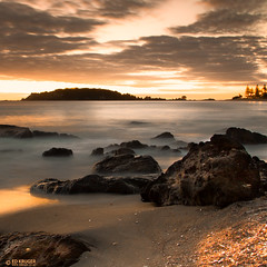 New Zealand Sunrise (Ed Kruger) Tags: 2012 allrightsreserved aotearoa edkruger kirillkruger mountmounganui mtmounganui nz neuseeland newzealand newzealandphoto northisland nuevazelanda nuovazelanda photoofnewzealand rodkruger tauranga abaconda admiralty april blue clouds early horizon kiwi morning ocean photoofocean photosofthesky qfse reflection sea seascape sky skyphoto sun sunny sunrise sunshine water wave waves