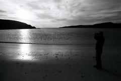 01 Achmelvich Andy (I  Minox) Tags: film scotland kodak olympus 400tx sutherland olympusom2 2012 lochinver assynt kodaktrix400 iminox