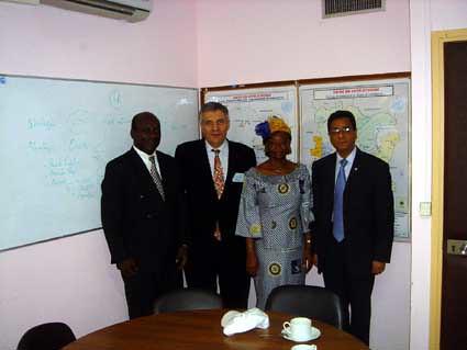 "Abidjan- rencontre avec l'UNICEF-mars2005 • <a style=""font-size:0.8em;"" href=""http://www.flickr.com/photos/60886266@N02/7975755199/"" target=""_blank"">View on Flickr</a>"