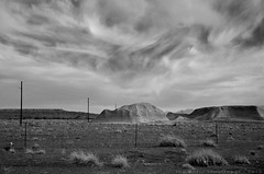 arizona # 57 (The Antic Staatsoper) Tags: arizona sky blackandwhite clouds grey desert bnw