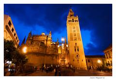 La Giralda (Juan Miguel) Tags: longexposure architecture night noche sevilla arquitectura catedral iglesia bluehour chatedral largaexposicin eclesia juanmiguel horaazul sonyalpha700 tokina1116