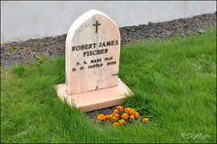 "May You Finally Rest In Peace - Tribute to Robert James Fischer - 40 Years Ago in Iceland -  Chess Rivals Bobby Fischer and Boris Spassky Meet in the ""Match of the Century"" (SigHolm - Very Busy) Tags: usa me church grave iceland championship chess american fisher boris 1972 reykjavk g sland coldwar 2012 islande ussr kirkja grandmaster jkull bobbyfisher skk spasski grf heimsmeistari borisspassky chessgrandmaster chess960 gameofthecentury laugardlakirkja chesschampionship sigholm robertjamesfischer jkullr bobbfisher borisspasski thegameofthecentury"