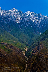 Tiger Leaping Gorge, Yunnan, China (mckenziels) Tags: china travel mountain travelling river asia southeastasia backpacking journey valley gorge yunnan mckenzie tigerleapinggorge travelphotography mckenziels