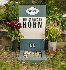 10-Highgate Cemetery - Jim Horn avid reader but not partner in Penguin-1027 (md2399photos) Tags: 11aug16 dickwhittingtonscat highgatecemetery karlmarx london notesonblindness stpancras themeetingplacebypaulday