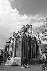 calm (dani_bienes) Tags: belgica belgium city castle garden peace calm god faith black negro white blanco