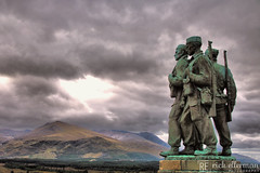 Commando Monument and Ben Nevis (Rick Ellerman) Tags: canon750d canon 750d scotland scottish monument commando commandomonument speanbridge ben nevis bennevis statue murky grey cloudy