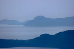 diesiges Mallorca (dretschi) Tags: mallorca mittelmeer nebel dunst bucht berge himmel grau