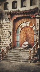 Old Man Historic Jeddah (Hamza Triki) Tags: jeddah portrait albalad