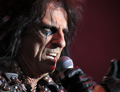 20120808_02 Alice Cooper at Liseberg | Gothenburg, Sweden (ratexla) Tags: show life people musician music man men guy celebrity rock musicians gteborg person concert europe artist tour rockstar sweden earth live famous gothenburg gig performance guys dude entertainment human liseberg artists rockroll horror shock celebrities sverige celebs rocknroll musik dudes scandinavia celeb humans scandinavian konsert 2012 alicecooper goteborg tellus homosapiens organism storascenen photophotospicturepicturesimageimagesfotofotonbildbilder notintheeternityset canonpowershotsx40hs 8aug2012
