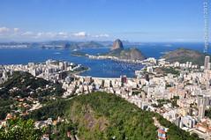 Rio de Janeiro (Tiago De Brino) Tags: praia rio riodejaneiro mar nikon santamarta tiagodebrino