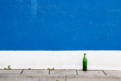 (*m22) Tags: blue white green colors lines wall dresden bottle simplicity minimalism