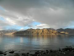 Mesmerizing Pangong Tso (Neha Agashe) Tags: india lake nature landscape neha ladakh jammuandkashmir pangongtso agashe nikonflickraward flickrtravelaward lpserenity lphills