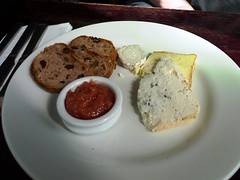 Charles Lamb, Islington, London (Ewan-M) Tags: england food london cheese lunch islington n1 londonboroughofislington charleslamb thecharleslamb cheeseselection eliastreet