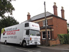 Goodbye to Leicestershire (rh1192) Tags: house moving leicestershire leicester lorry umzug removals narborough dmnager