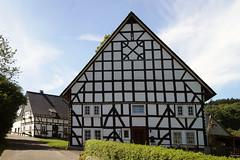 Südliches Sauerland (dieter.steffmann) Tags: fachwerk sauerland olpe südlichessauerland rhonard