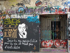 Paris 2012 (bella.m) Tags: streetart paris france art graffiti stencil spray urbanart aerosol pochoir sergegainsbourg 5bisruedeverneuil sergegainsbourgshouse sergegainsbourggraffiti