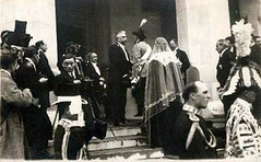 Knig Ferdinand und Knigin Marie von Rumnien, King and Queen of Romania (Miss Mertens) Tags: king princess postcard royal prince queen romania rey kaiser regina reine royalty monarchy cartolina adel oldfashioned roi bukarest prinz royalfamily roumanie knig postkarte principe knigin principessa prinzessin rumnien monarchie monarchia kaiserin picturecard koningshuizen casareale familleroyal romniei prines