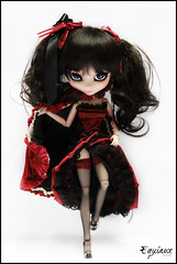 Equinox (Konato) Tags: red black halloween outfit banshee pullip custo dama dashka mizar obitsu konato
