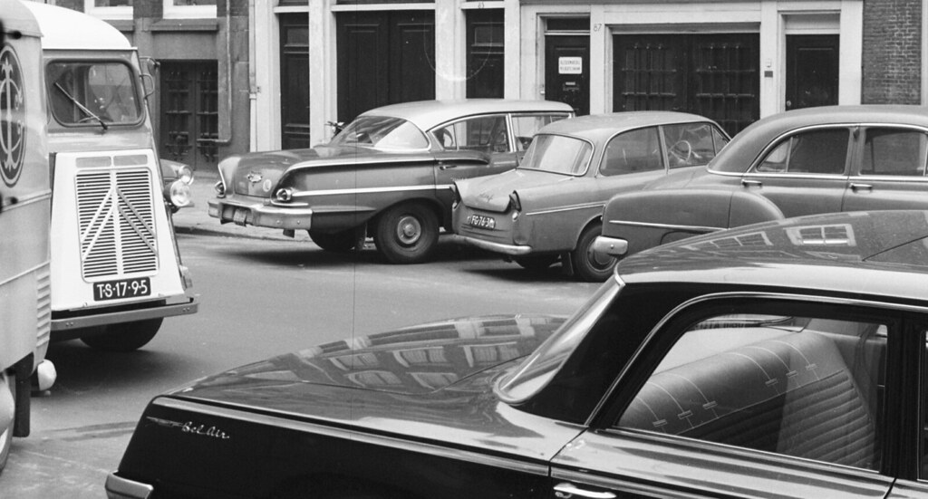 The world 39 s best photos of 1952 and tuuur flickr hive mind for Garage opel bouc bel air