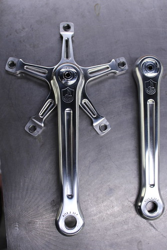 Campagnolo Pista crankset with milled spider by Drillium revival