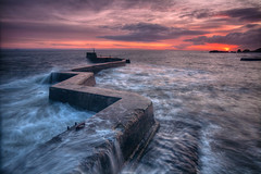St Monans Seascape (S i m o n . M a y s o n) Tags: sunset sea sky seascape st wall clouds scotland rocks long exposure fife ledge zig hdr zag monans