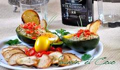 Avocado ripieno, uova colorate e Chips di bruschetta (ichi17) Tags: food recipe avocado finger egg dye foodphotography