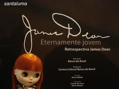 Aisha na exposição de James Dean!!