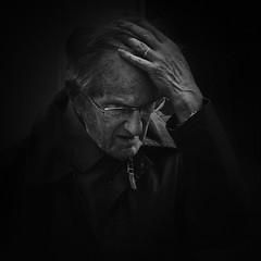 '' (dagomir.oniwenko1) Tags: newark england oldman street flickr life uk gb hand wrinkles blackandwhite bw blackbackground squre portrait person people humans candid canon canoneos60d sigma style blackdiamond