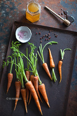 Carrot (Ira Rodrigues) Tags: carrot seasalt honey vegetable homemade styling food canon