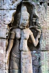 Devata Detail (Isabel-Valero) Tags: cambodia camboya temple angkor devata stone travel viajar shrine