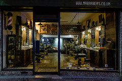 Mr. Barbers Cambridge (Mirco Volpi) Tags: barbershop cambridge citt city citybynight fujifilm mrbarbers negozio night notte parrucchiere shop strada street vetrina xpro2