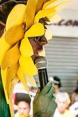 Alegra meu povo (Centim) Tags: bh belohorizonte minasgerais mg brasil br cidade estado país sudeste capital continentesulamericano américadosul foto fotografia nikon d90 carnaval2016 carnavalizabh fantasia cantor pessoa serhumano carnaval carnavaldebh